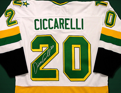 Official Minnesota North Stars Jersey autographed by Dino Ciccarelli 0585e77dc8c