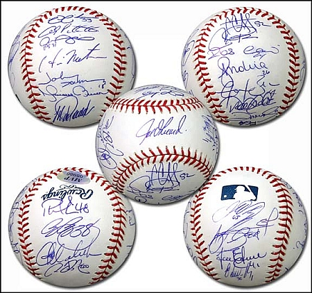 2009 Yankees Team Signed