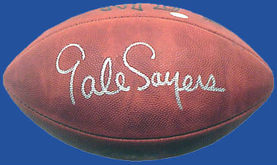 acba13ad159 Official NFL football autographed by Gale Sayers (Chicago Bears Hall of  Famer)